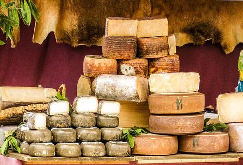 ヤギ チーズ 特徴 味 臭い